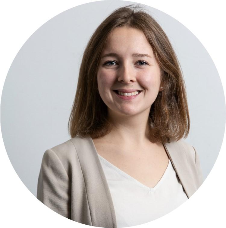 Zu sehen ist das Profilbild von Julia Toups.