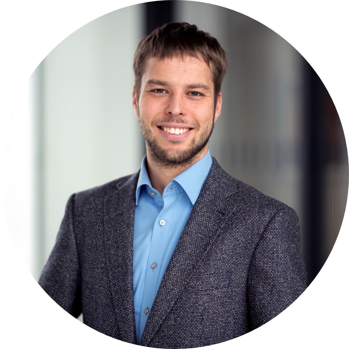 Zu sehen ist das Profilbild von Julian Mast.
