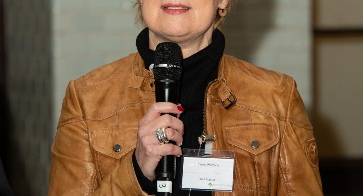 Auftakt Sabine Wißmann Podium